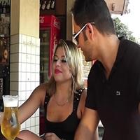 Fez proposta para dono do bar