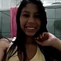 Vídeo caseiro da ninfeta magrinha dos peitinhos pequenos e durinhos vazou na net